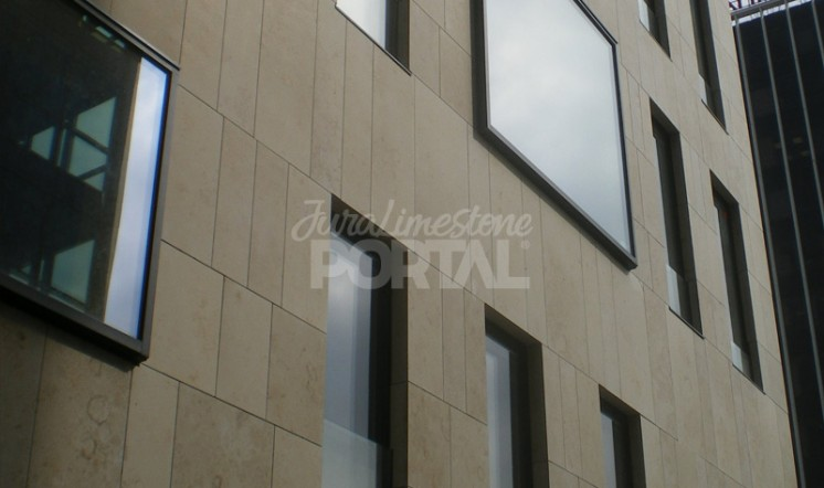 Jura Beige Cladding